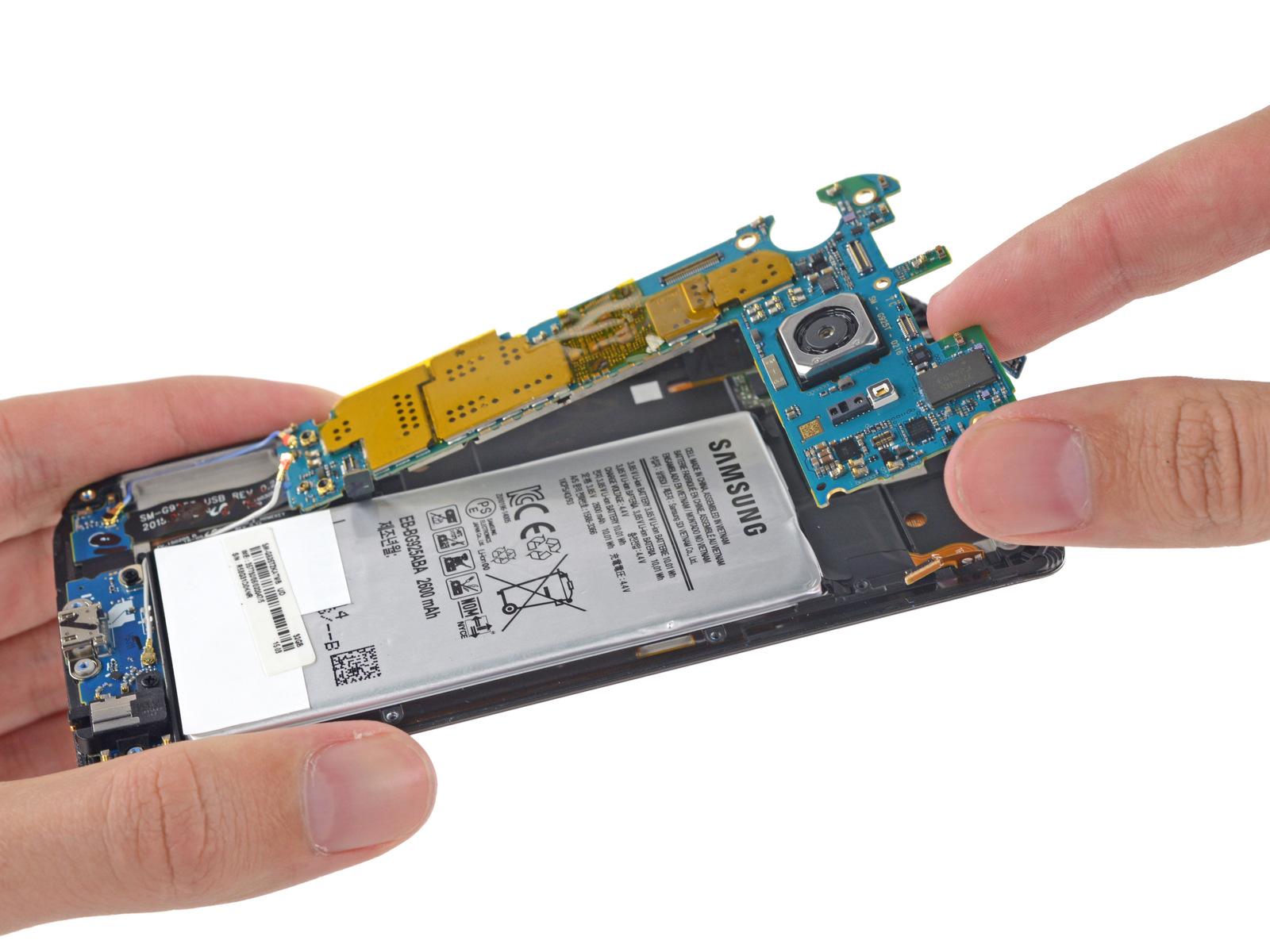 Samsung-Galaxy-S6-Edge-Teardown-3.jpg