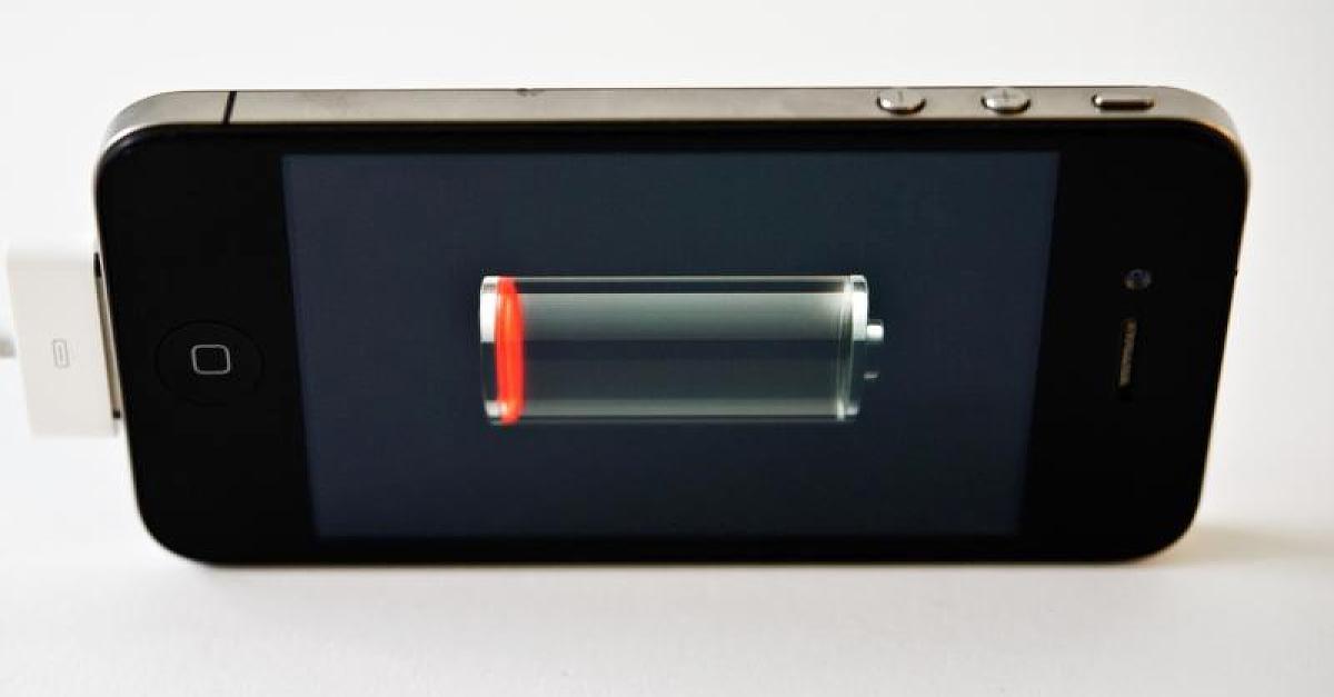 smartphone.akku_.schaltet.bei_.hinweis.direkt.ab_.jpg